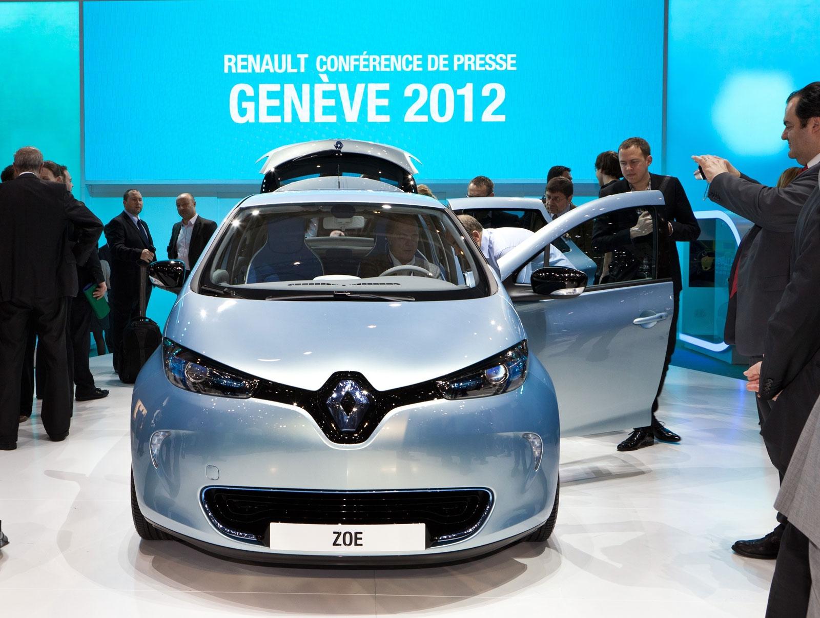 Renault-ZOE-debuts-at-Geneva-2012